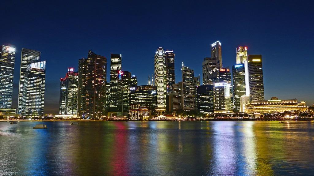 Singapore-vs-Hong-Kong-Where-Your-Business-Wins